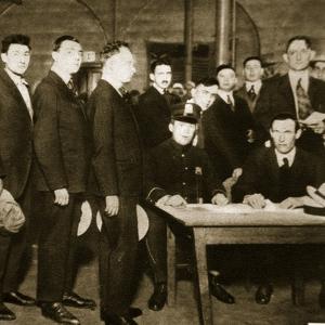 Men Enlisting in the Us
