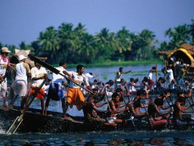 https://imgc.allpostersimages.com/img/posters/men-in-annual-nehru-cup-snake-boat-race-alappuzha-india_u-L-P4CGGF0.jpg?p=0
