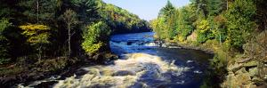 Menominee River at Piers Gorge, Upper Peninsula of Michigan, Michigan, USA