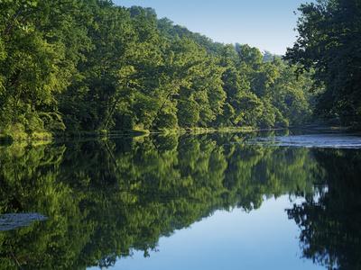 https://imgc.allpostersimages.com/img/posters/meramec-river-bennett-spring-state-park-missouri-usa_u-L-PN6Z1H0.jpg?p=0