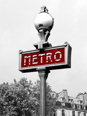 https://imgc.allpostersimages.com/img/posters/metro-in-paris-red-border_u-L-Q10WCOG0.jpg?p=0