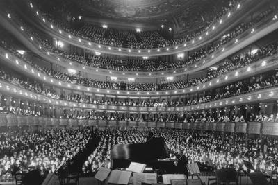 https://imgc.allpostersimages.com/img/posters/metropolitan-opera-house-during-a-concert-by-pianist-josef-hoffmann-nov_u-L-Q10WMBT0.jpg?p=0