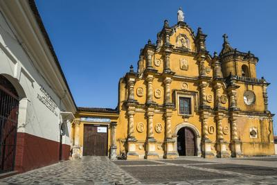 https://imgc.allpostersimages.com/img/posters/mexican-style-baroque-facade-of-the-iglesia-de-la-recoleccion-church-built-in-1786_u-L-PWFFWV0.jpg?p=0