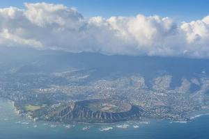 Aerial of the Diamond Head and Oahu, Hawaii by Michael