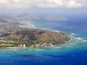Aerial of Honolulu and Diamond Head, Oahu, Hawaii by Michael DeFreitas