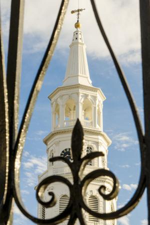 Charleston, South Carolina. by Michael DeFreitas