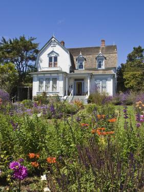 Historic Mendocino Village Inn, California, United States of America, North America by Michael DeFreitas