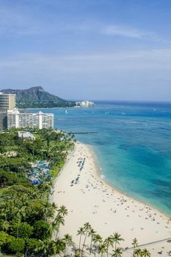 Waikiki Beach and Diamond Head, Waikiki, Honolulu, Oahu, Hawaii, United States of America, Pacific by Michael DeFreitas