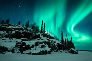 Aurora from Walsh Lake by Michael Ericsson