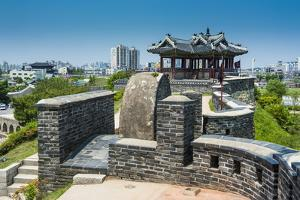 Huge Stone Walls around the Fortress of Suwon, UNESCO World Heritage Site, South Korea, Asia by Michael