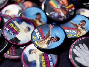 Michael Jackson Buttons Sold at Viewing of His Memorial near Apollo Theatre, July 7, 2009