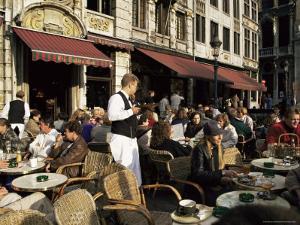 La Chaloupe d'Or, La Grand-Place, Brussels, Belgium by Michael Jenner