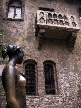 Sculpture of Juliet, Verona, Veneto, Italy by Michael Jenner