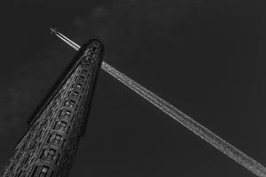 New York - Flatiron Crossing by Michael Jurek