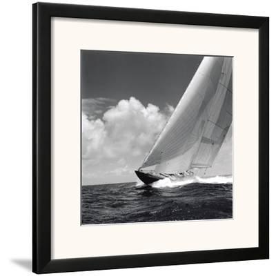 Rushing Waves II by Michael Kahn