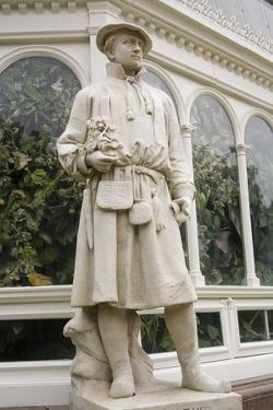 Carolus Linnaeus Statue at Sefton Park Palm House by Michael Nicholson