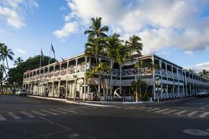 Old Mansion Pioneer Inn by Michael