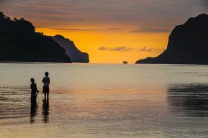 Bacuit Archipelago, Palawan, Philippines by Michael Runkel