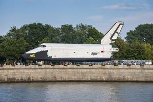 Buran Space Shuttle Test Vehicle in the Gorky Park on the Moscow River, Moscow, Russia, Europe by Michael Runkel