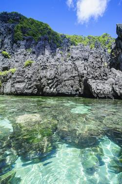 Clear Water in the Bacuit Archipelago, Palawan, Philippines by Michael Runkel