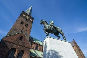 Horse Riding Monument before the Aarhus Cathedral, Denmark by Michael Runkel