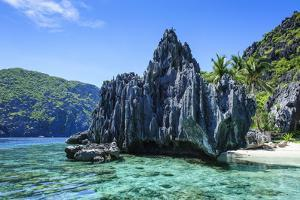 Little White Beach and Crystal Clear Water in the Bacuit Archipelago, Palawan, Philippines by Michael Runkel