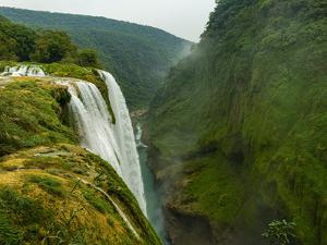 Tamul waterfalls, Huasteca Potosi, San Luis Potosi, Mexico by Michael Runkel