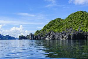 The Bacuit Archipelago, Palawan, Philippines by Michael Runkel