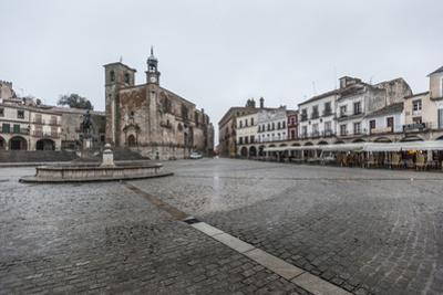 The Plaza Mayor, Trujillo, Caceres, Extremadura, Spain, Europe by Michael Snell