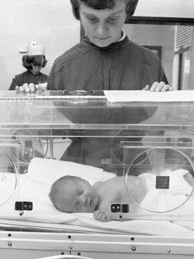 Special Care Unit for Premature Babies, Nether Edge Hospital, Sheffield, South Yorkshire, 1969 by Michael Walters