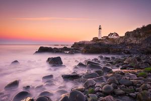 Portland Headlight by Michael Zheng