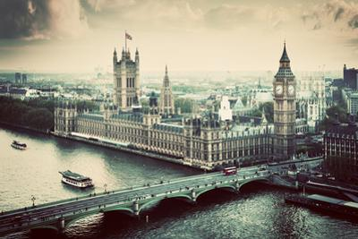 London, the Uk. Big Ben, the Palace of Westminster in Vintage, Retro Style. the Icon of England. Vi