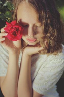 A Rose with No Name by Michalina Wozniak