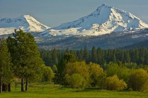 Bucolic Landscape, Black Butte Ranch, Sisters, Oregon, Usa by Michel Hersen