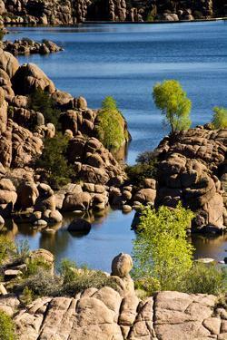 Granite Dells, Watson Lake, Prescott, Arizona, USA. by Michel Hersen