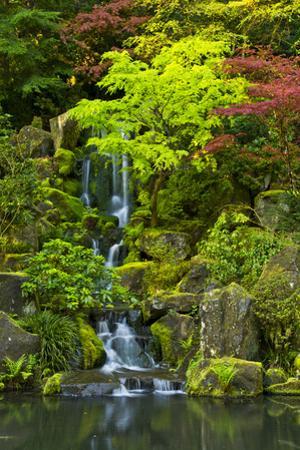 Heavenly Falls, Portland Japanese Garden, Portland, Oregon, USA