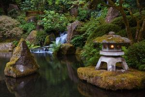 Lit Pagoda, Portland Japanese Garden, Portland, Oregon, USA, Pr by Michel Hersen