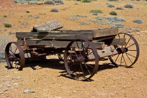 Old wagon, Rock Art Ranch, near Holbrook, Arizona, USA by Michel Hersen
