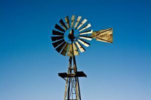 Old windmill, Rock Art Ranch, near Holbrook, Arizona, USA by Michel Hersen