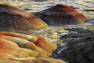Painted Hills, sunset, John Day Fossil Beds National Monument, Mitchell, Oregon, USA by Michel Hersen