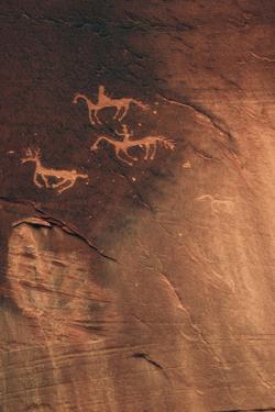 Petroglyph, Canyon De Chelly National Monument, Arizona, USA by Michel Hersen