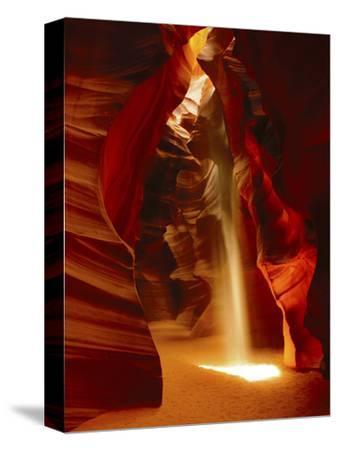 Slot Canyon, Upper Antelope Canyon, Page, Arizona, USA