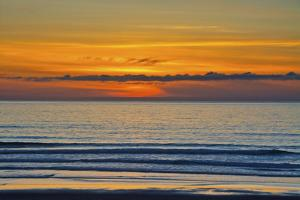 Sunset, ocean, Heceta Beach, Oregon Coast, Oregon, USA. by Michel Hersen
