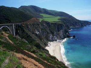 Bixby Bridge on Highway 1, Big Sur, CA by Michele Burgess