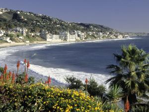 Main Beach, Laguna Beach, CA by Michele Burgess