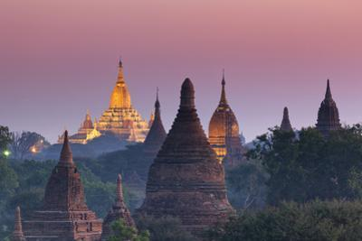 Myanmar (Burma), Temples of Bagan (Unesco World Heritage Site), Ananda Temple by Michele Falzone