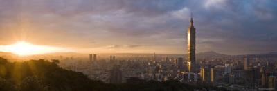 Panoramic View of Taipei 101, Taipei, Taiwan by Michele Falzone