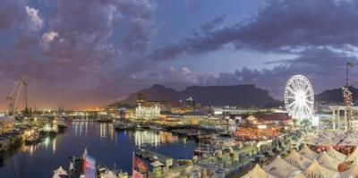 South Africa, Western Cape, Cape Town, V&A Waterfront, Victoria Wharf by Michele Falzone