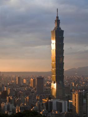 Taipei 101, Taipei, Taiwan by Michele Falzone