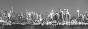 Usa, New York, New York City, Manhattan Skyline from New Jersey by Michele Falzone